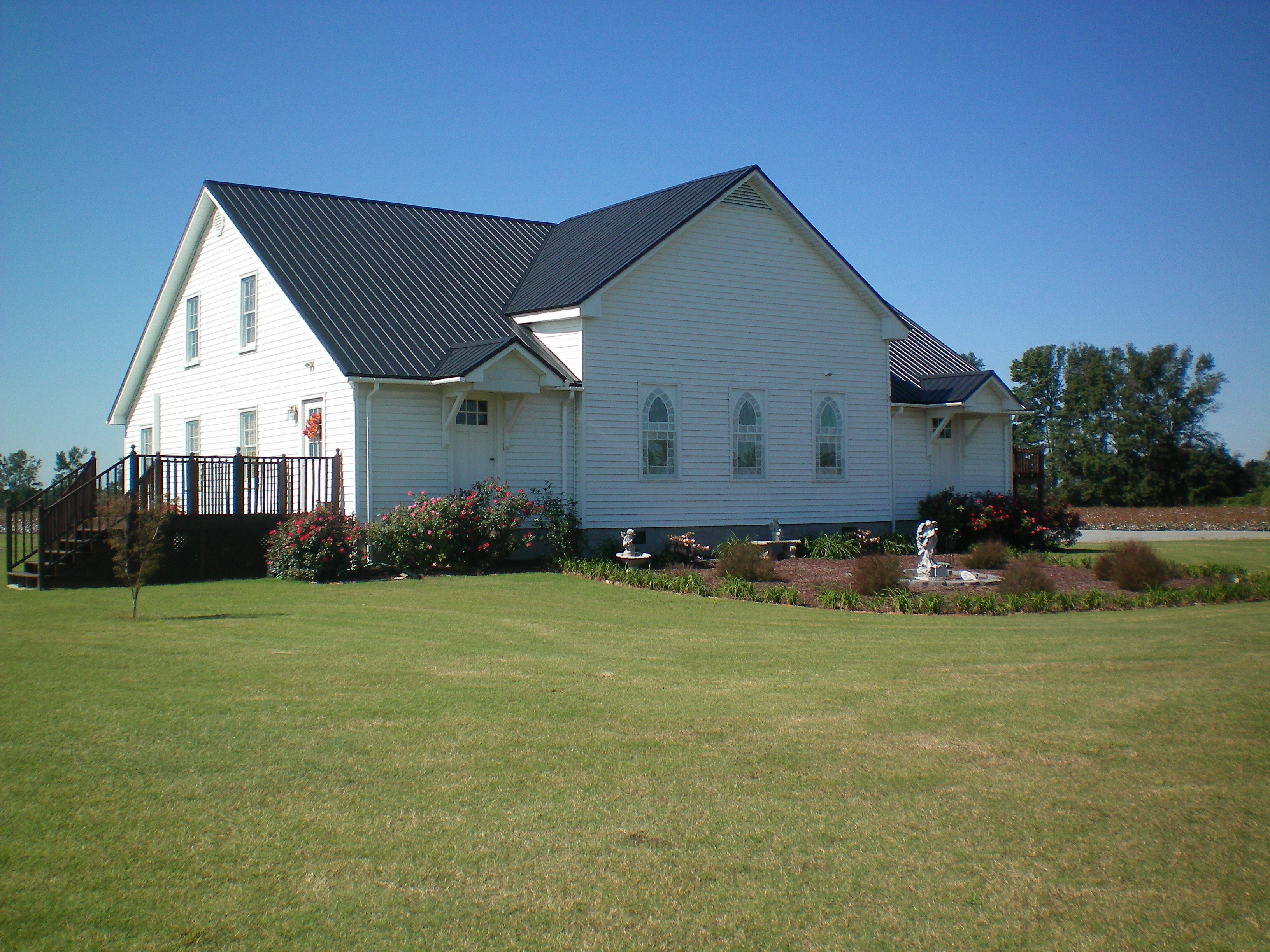 Heritage Hall is an event venue at Hamstead Acres located in LaGrange in Eastern North Carolina